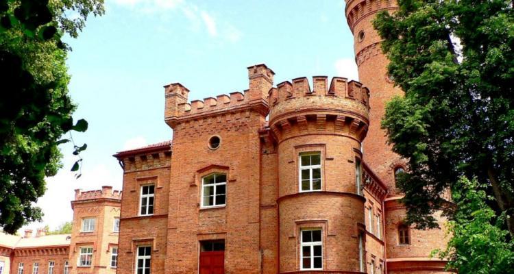 1280px Lithuania Raudone Castle