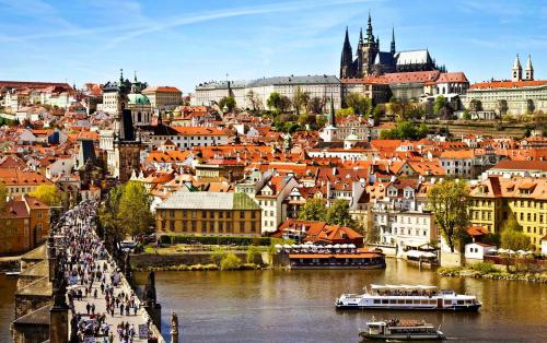 beautiful prague city widescreen wallpapers of high resolution free 1513177789