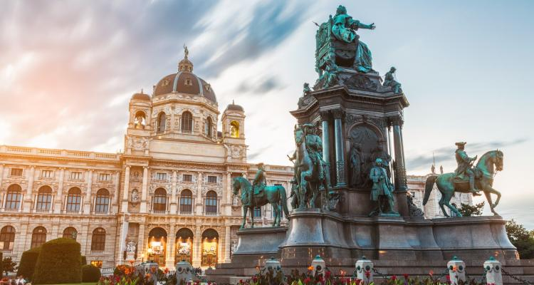 Viena 170444259